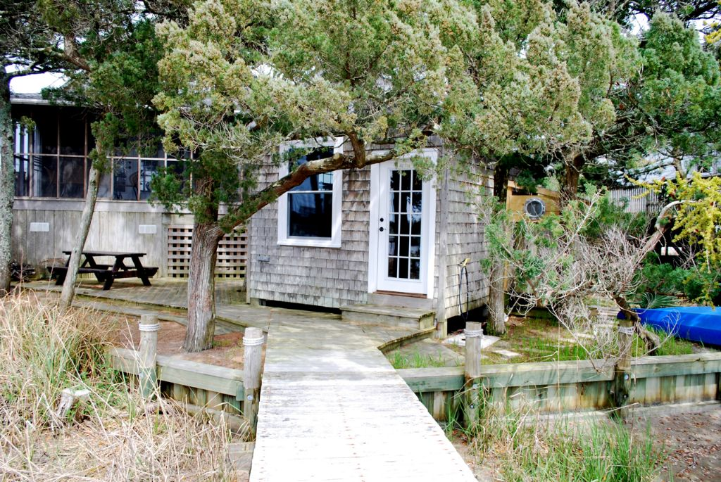 Boat House/Family Room/Exterior