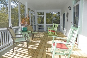 Front Screened Porch to side entry