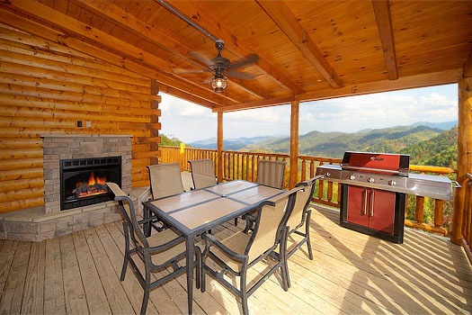 Dont Blink: Pigeon Forge TN 5 Bedroom Vacation Cabin ...