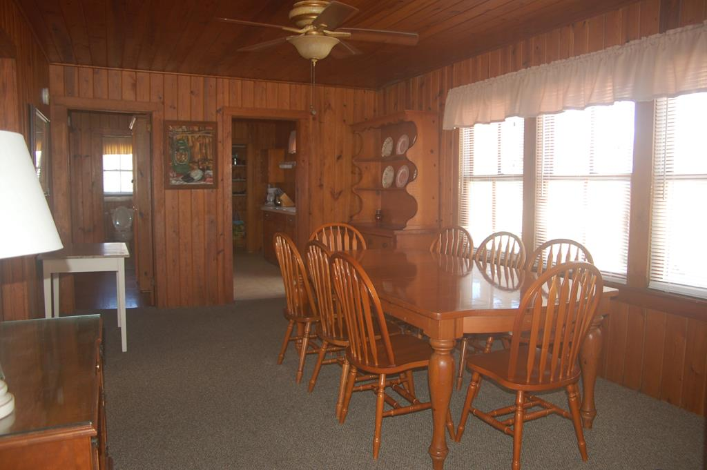Another look at the dining area