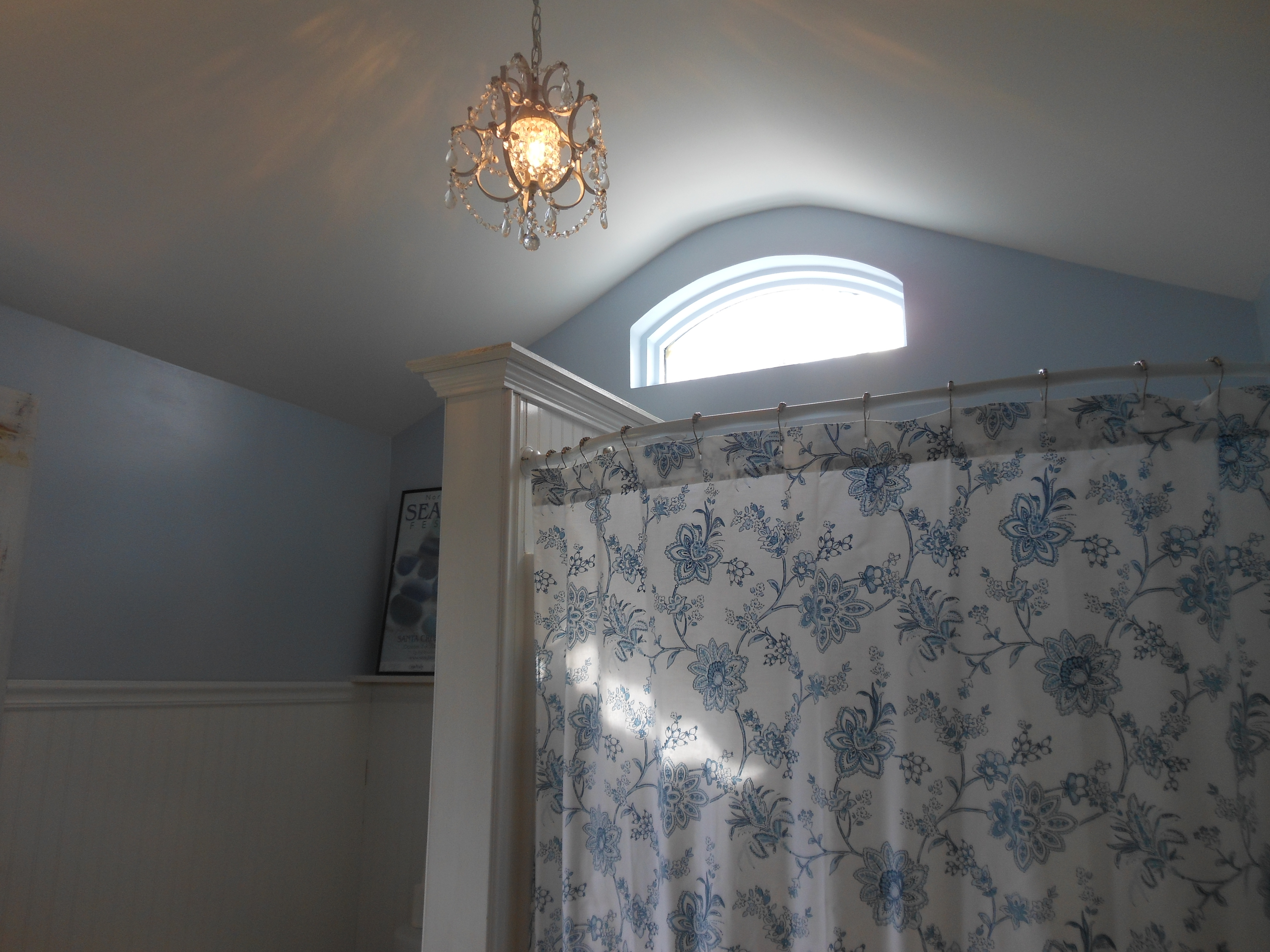 Bathroom with Vaulted Ceiling