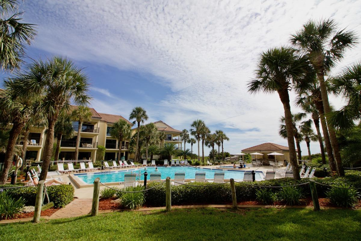 Vacation Condo in St Augustine Beach 1st Floor across from the pool with 2 bedrooms