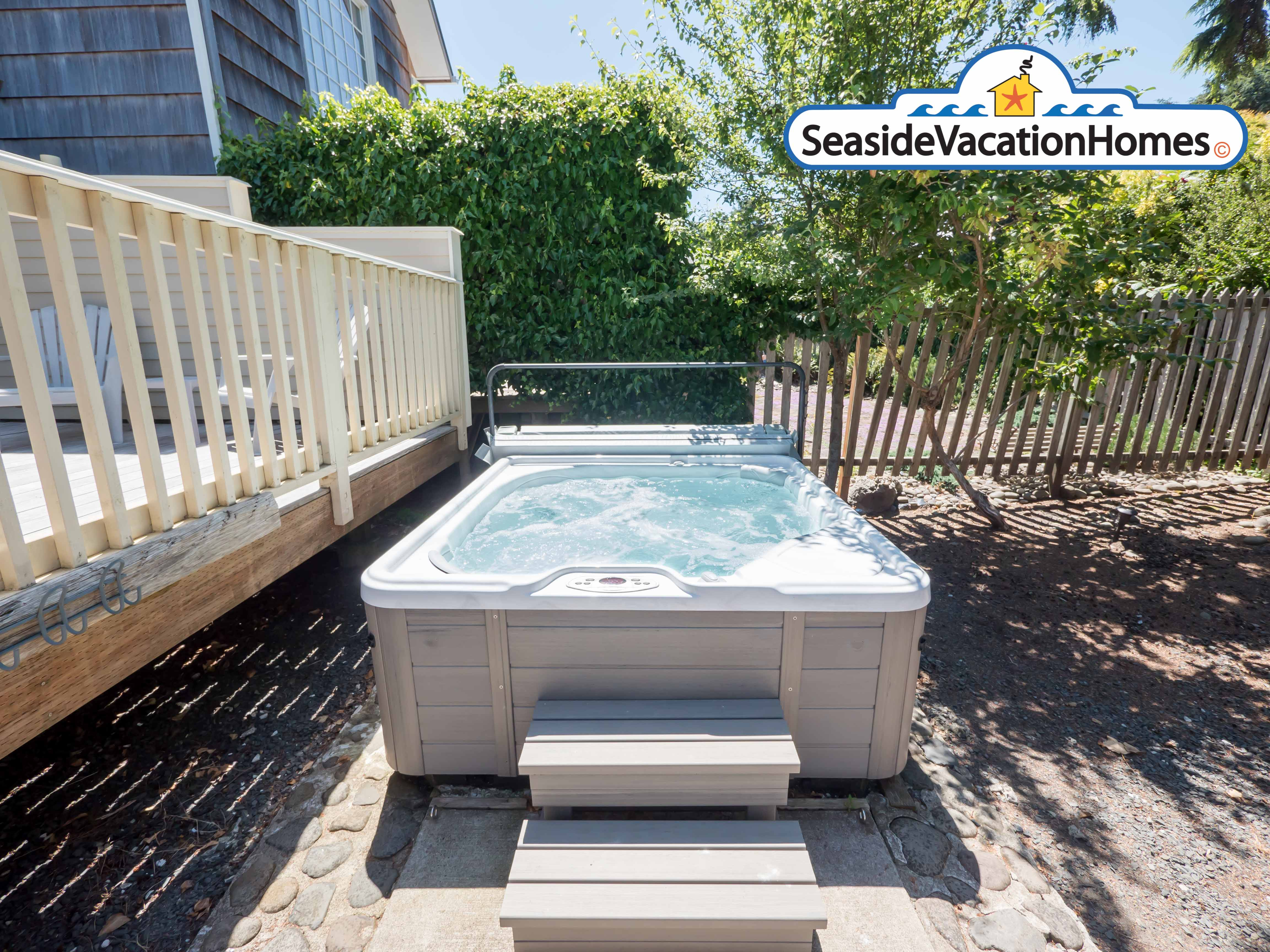 2 bedroom vacation rental with Hot Tub in Seaside, OR