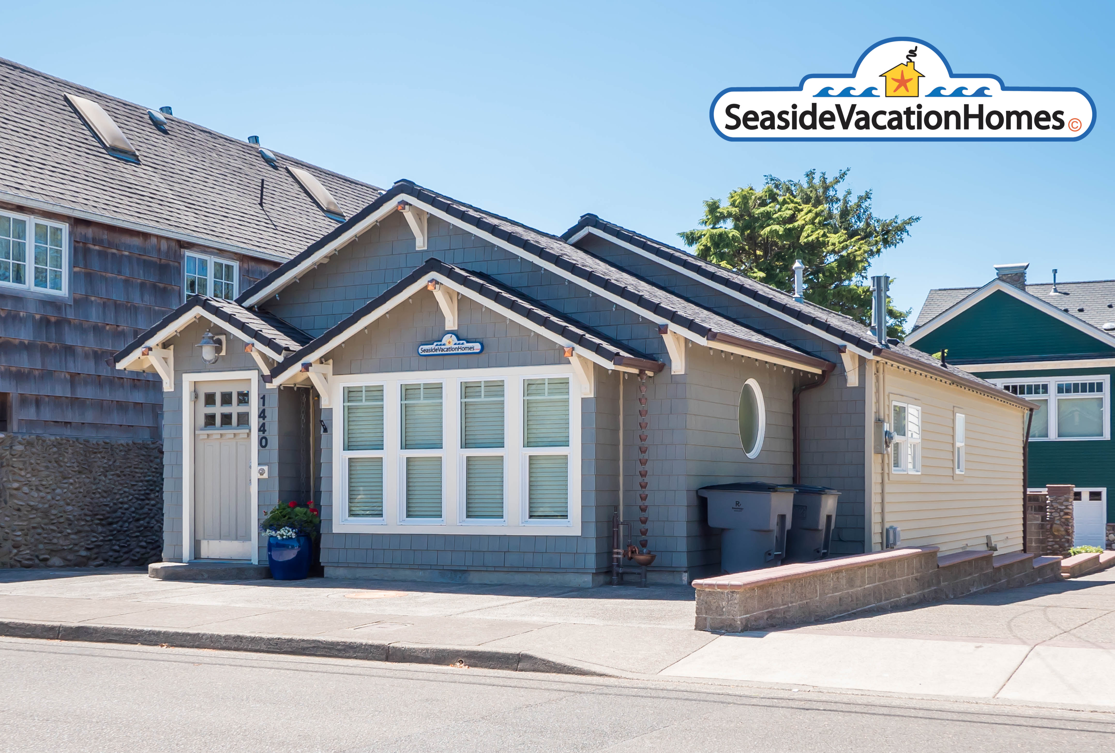 Vacation home with 2 bedrooms and Hot tub in Seaside, OR for rent