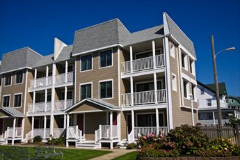 Top floor right. Extra windows for view, light, air, and the sounds of the ocean!