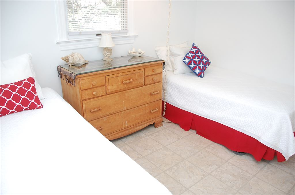 Bedroom 3 ~ Two Single Beds