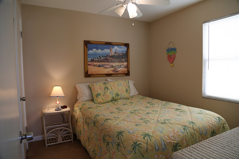 Guest Bedroom - Full