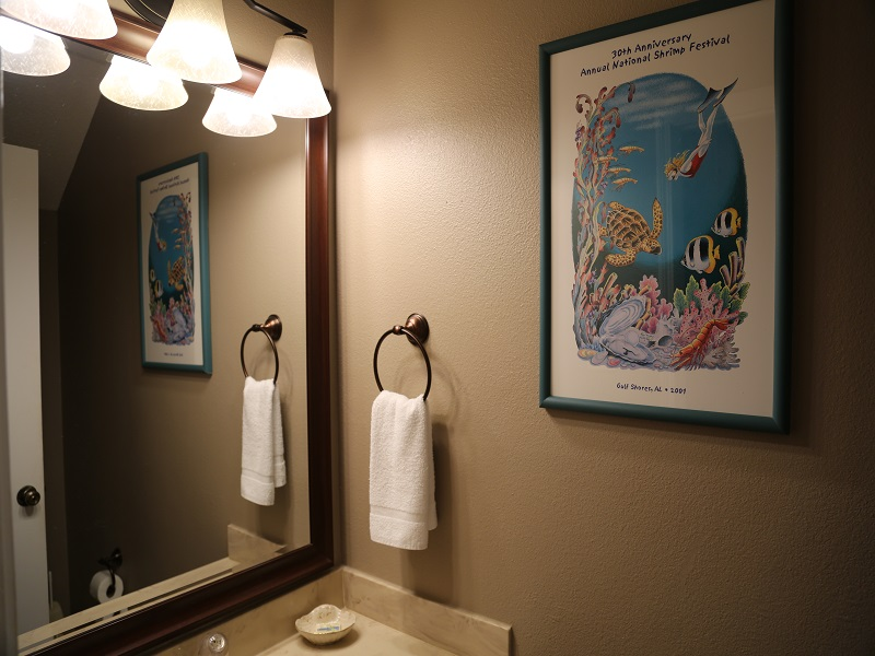 Ocean Reef 802 - main floor half bathroom