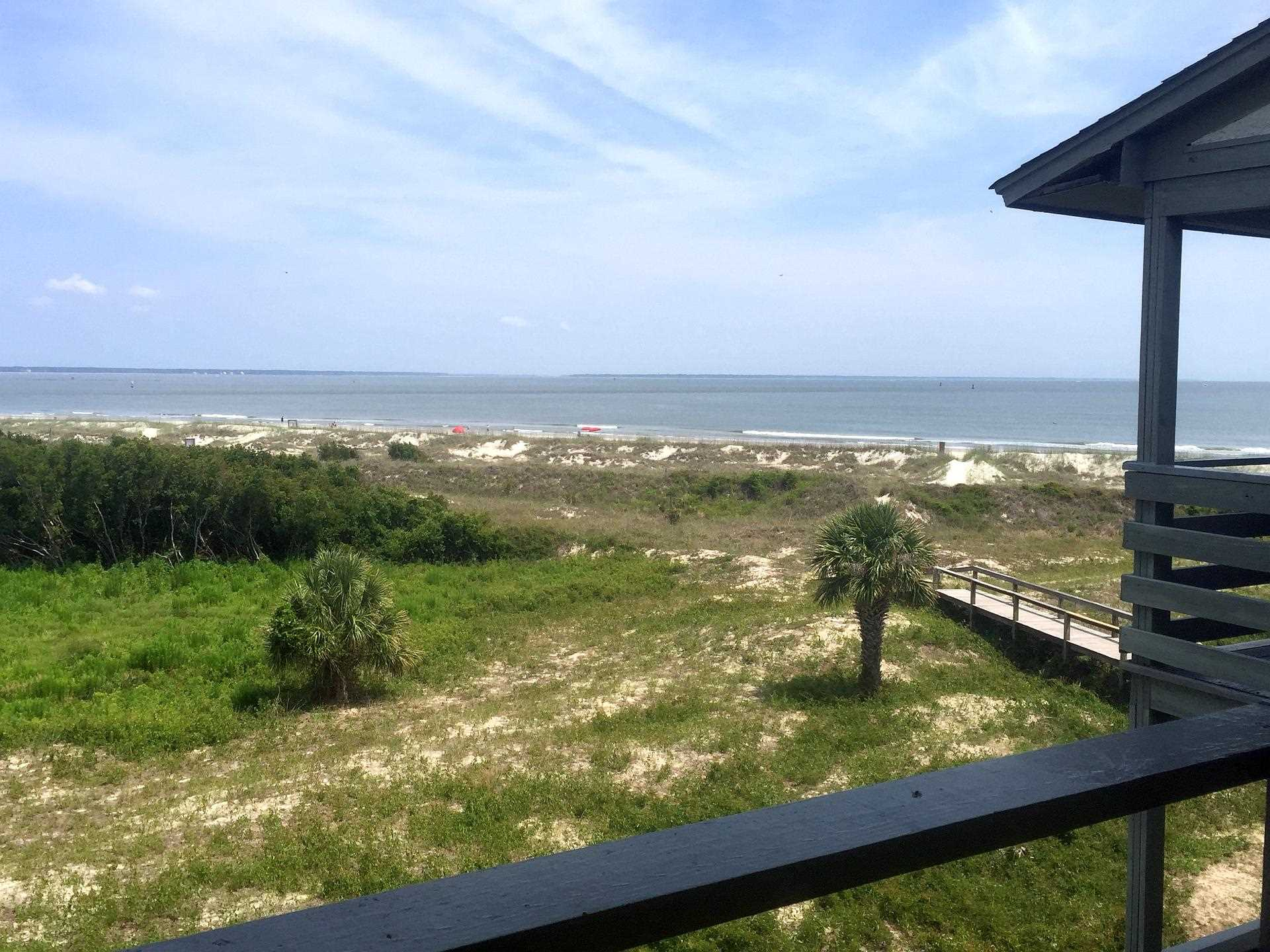 Tybee Island 2 bedroom ocean view vacation rental at Lighthouse point beach club