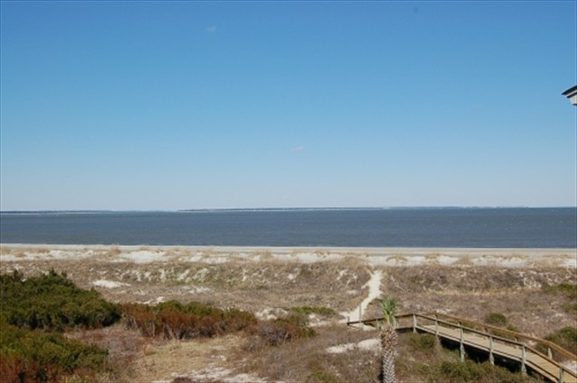 Labels Tybee Island 2 Bedroom Ocean View Vacation Al At Lighthouse Point Beach Club