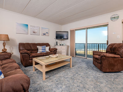 Ocean City 2 bedroom ocean view condo with 2 Kings perfect for couples