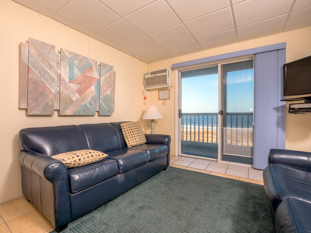 Ocean City MD pet friendly vacation rental oceanfront with 1 bedroom and pool