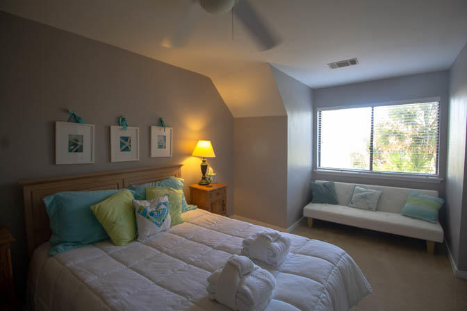 Upstairs Bedroom with Futon