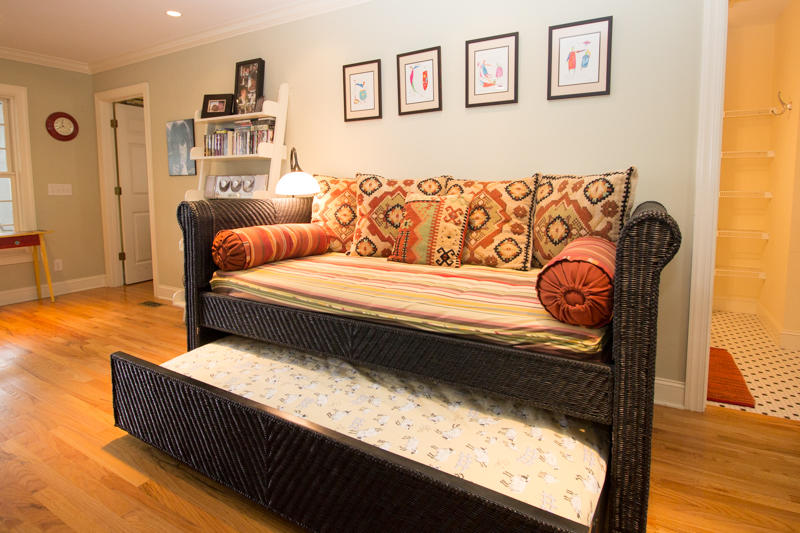 Day bed with trundle - first floor