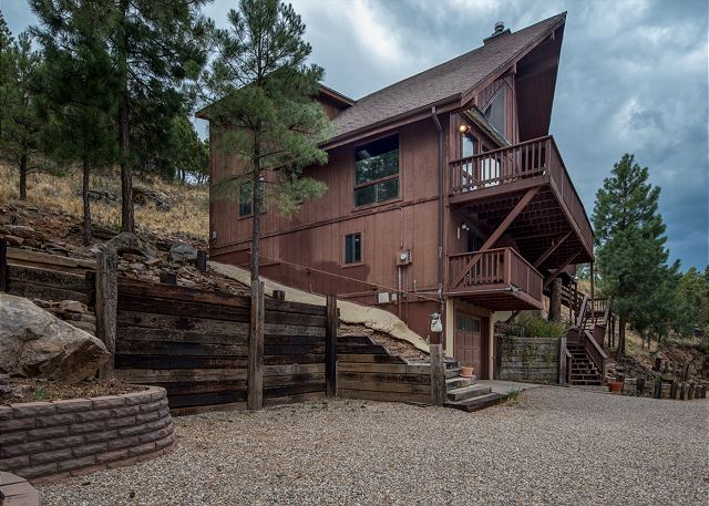Bear Mountain Place To Stay On Vacation 3 Bedroom 2 Full