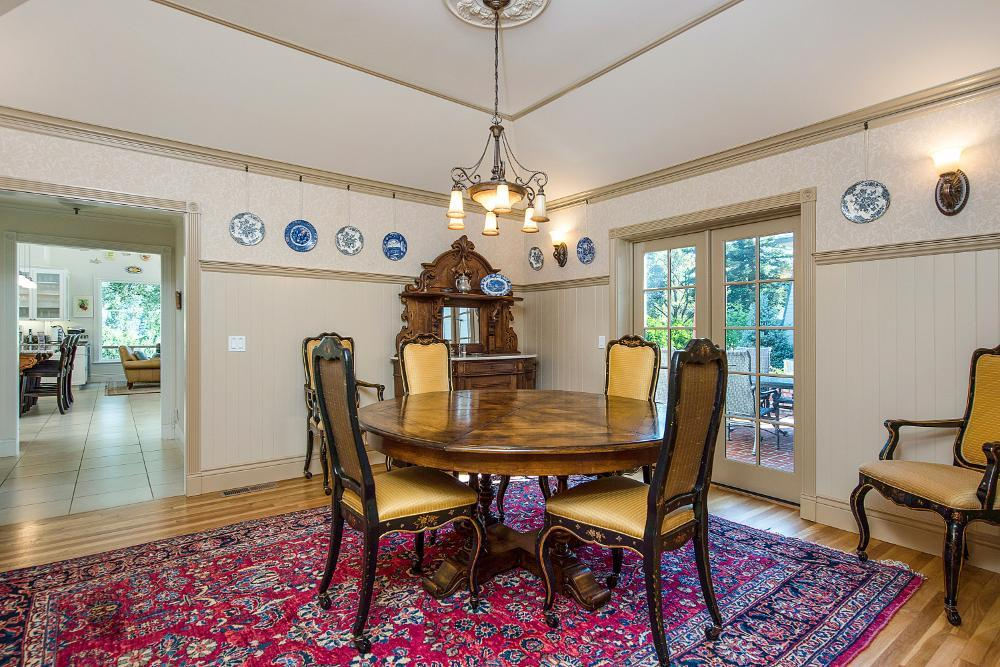 Riverstone Small Dining Room
