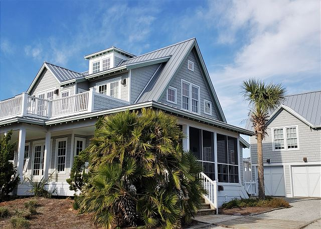 4 bedroom vacation rental home on Bald Head Island with awesome ocean views