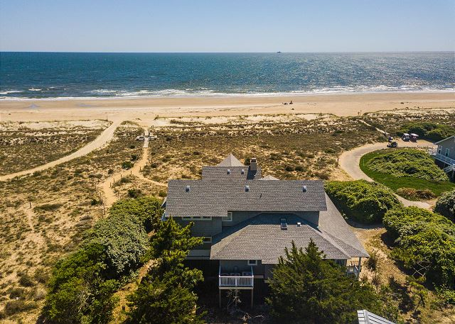 Pet Friendly Oceanfront Vacation Home Rental with 5 bedrooms that sleeps 11