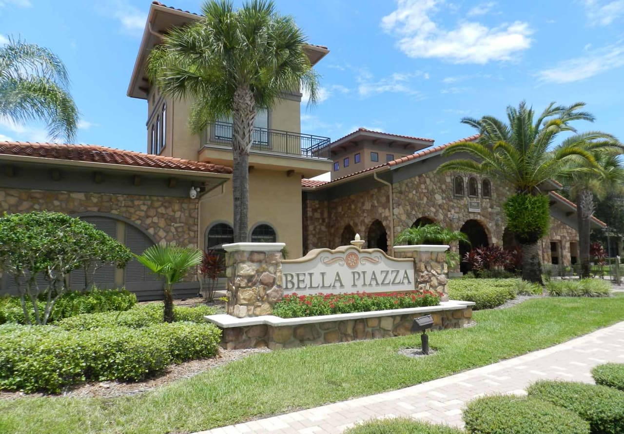Disney Condo Rentals in Davenport, FL at Bella Piazza