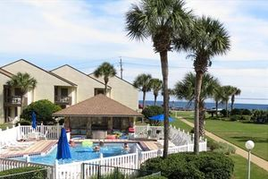Destin vacations 2 bedroom family vacation rentals by the beach