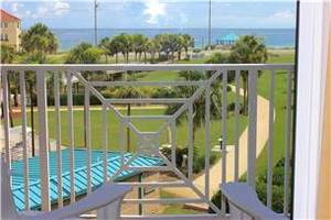 Gulf views from the comfort of your balcony