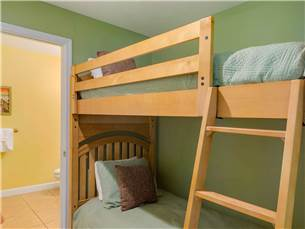 Bunk Room with Private Bathroom