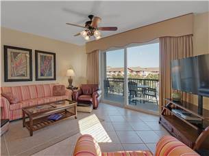 Welcome to Beach Resort unit 316 a great Destin vacation rental
