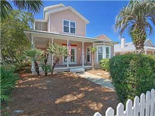 Large Home in a Charming Coastal Community