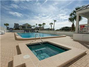 Gulfside Pool & Hot Tub