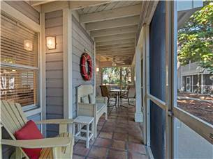 Extra Seating on Screened Porch