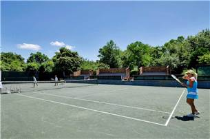 Six Clay Rubico Tennis Courts for Play