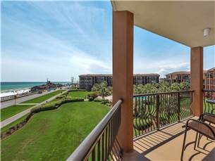 Private Balcony off Living Area with Amazing Views!
