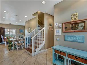 Entry dining and stairway