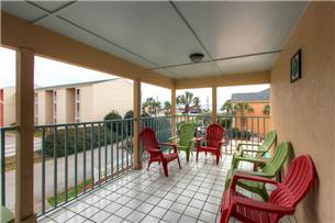 2nd floor balcony with Gulf view