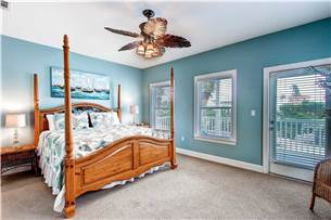 2nd Floor Master Bedroom with King Bed