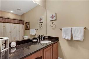 King guest bedroom private bath