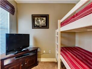 Bunk Room with Flat Screen TV