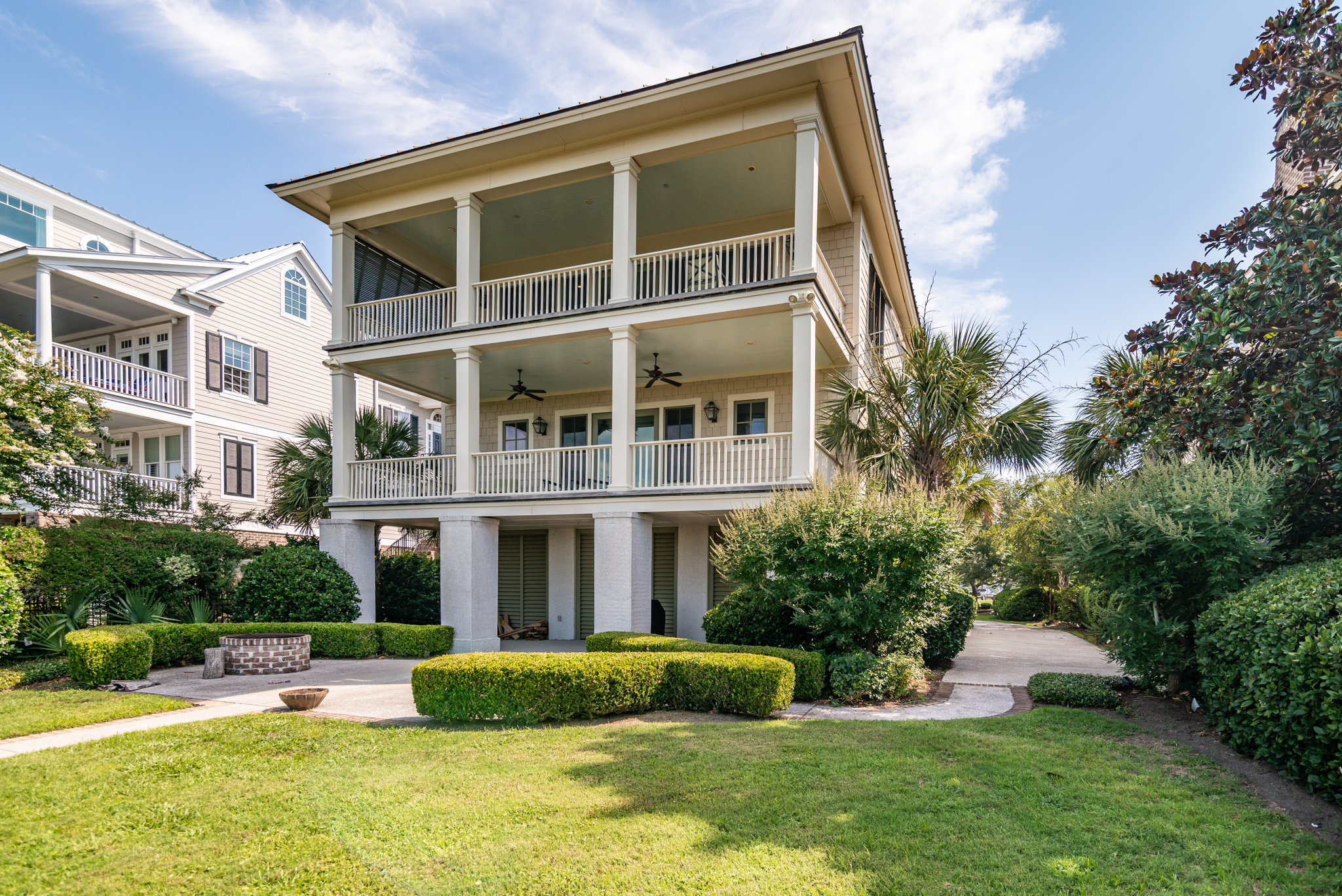 Pawleys Island 4 bedroom vacation home close to the beach