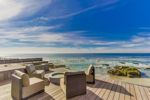 Sunset Cliffs Luxury Beachfront Vacation Home - This is California