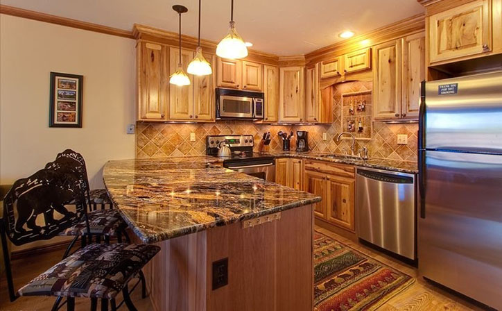 Gourmet Kitchen with spices and all the extras.