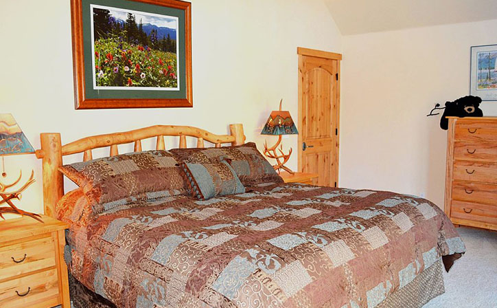 Maste BR with King Bed.