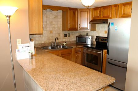 Fully Equipped Kitchen w/ Granite Countertops