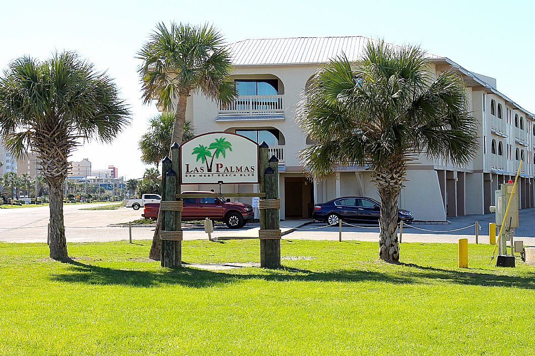 Las Palmas is located in the heart of Gulf Shores