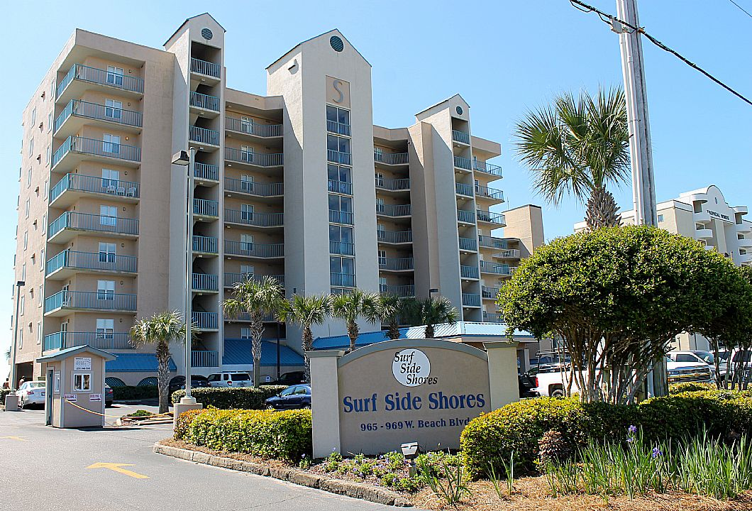 The Surf Side Shores complex is in the heart of GS