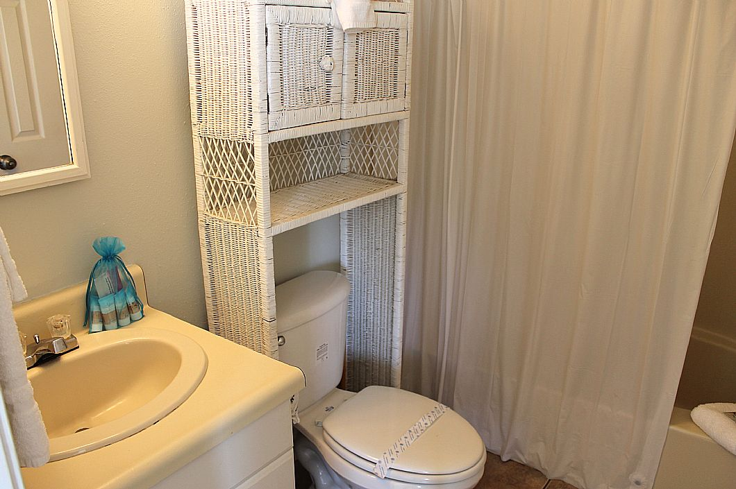 1st floor bathroom off bedroom w/ queen bed