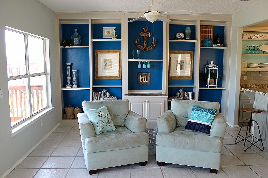 Beautiful built-ins & comfortable lounge chairs