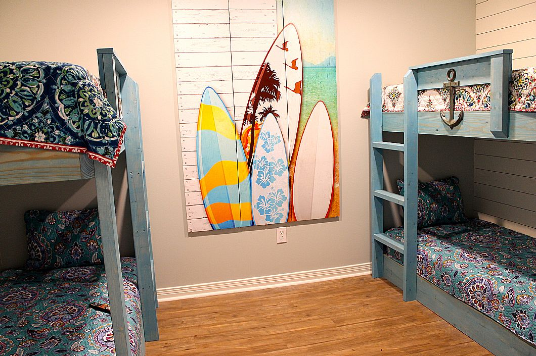 Bunk room - perfect for the kids!