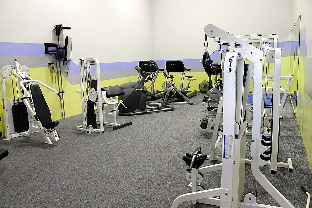 Workout room at complex