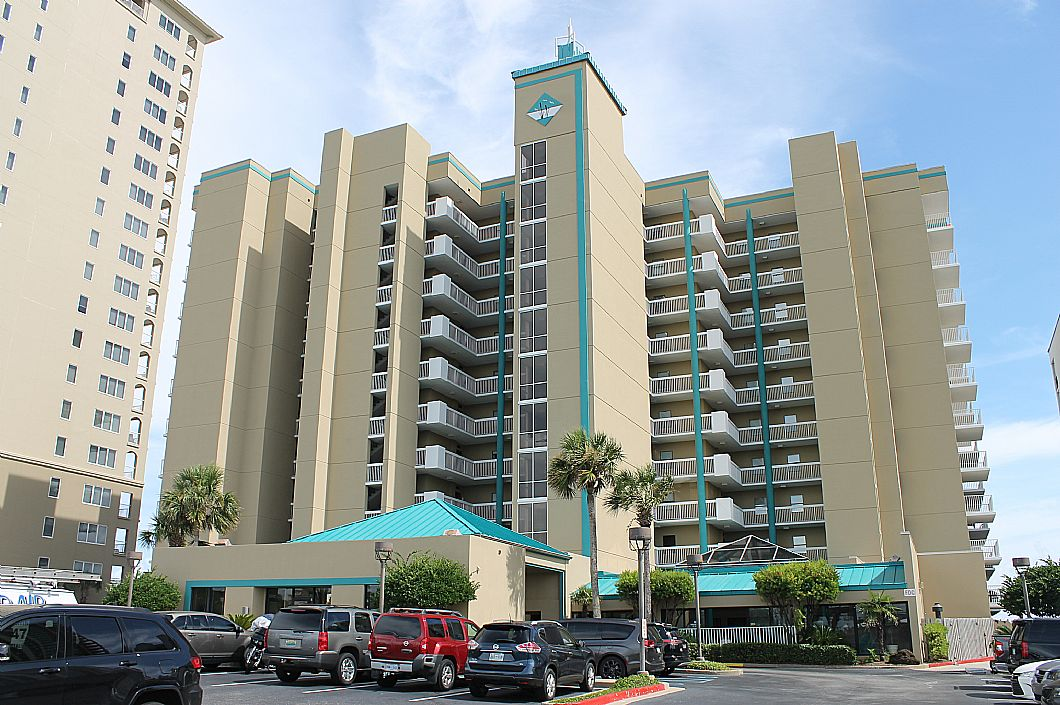 The Romar Place complex has a great location