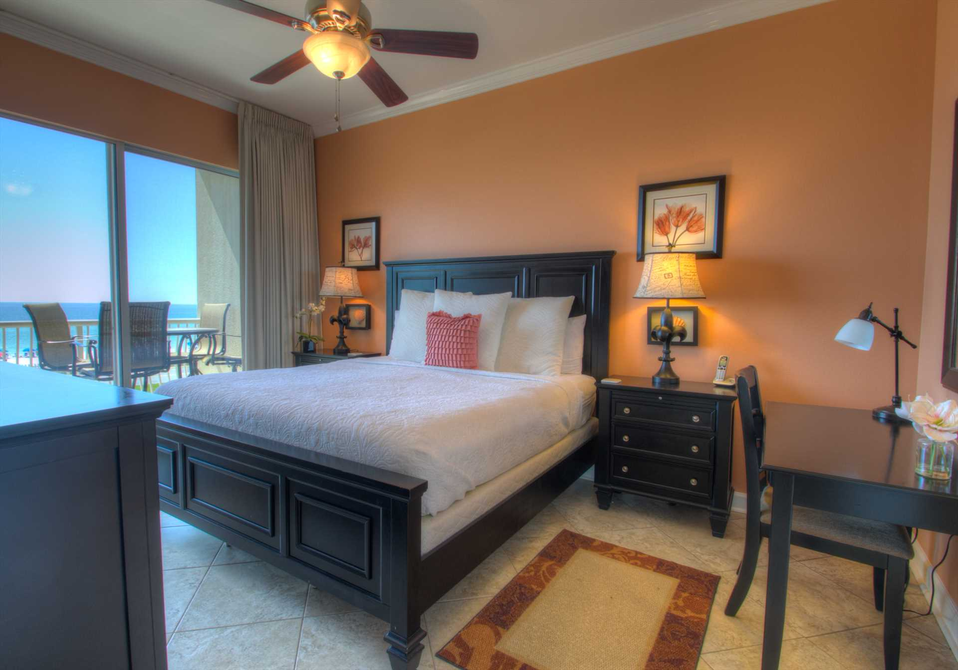 Wake up with a gulf view from your master king bed!